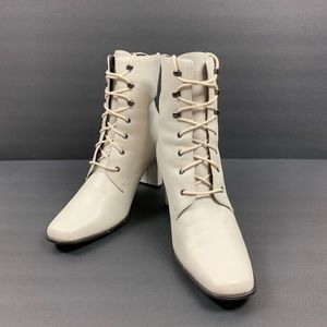Off White Leather 1/4 Calf Lace Up Square Toe Boot